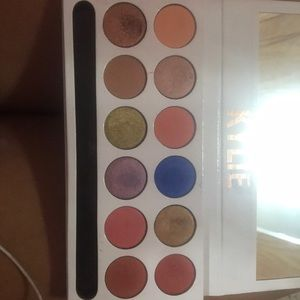 Kylie Cosmetics Makeup - ON HOLD **